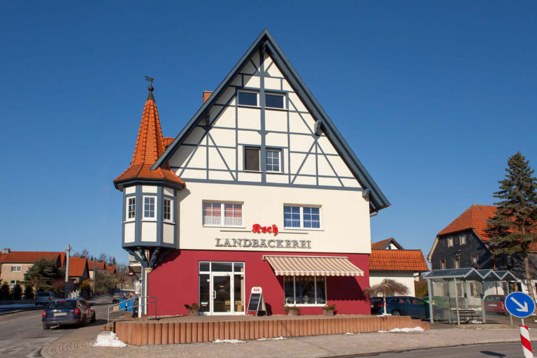 KLEWO Malermeister - Referenzen - Fassade der Landbäckerei Koch in Herpf